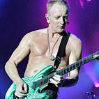 Def Leppard Guitarist Jabs at Today's Artists: 'All They Want Is to Be Famous'