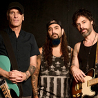 The Winery Dogs Set to Enter Studio
