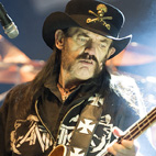 Updated: 'I Can't Do It' - Lemmy Cancels Texas Motorhead Show Three Songs In