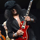 Slash: 'The Only People That Obsess About Guns N' Roses Is Media'