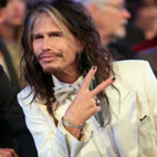 Steven Tyler Calls for Better Treatment of Farm Animals
