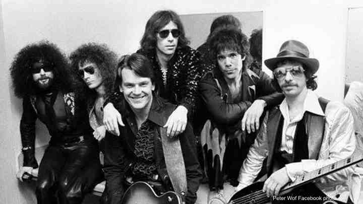 Guitarist J. Geils dies in MA home, founder of J. Geils Band