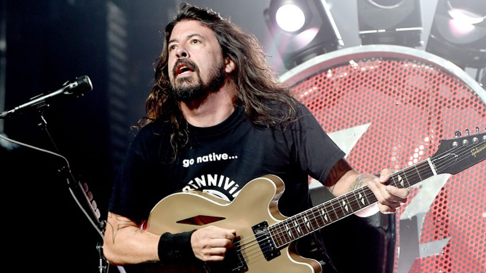 Dave Grohl's mother reveals Kurt Cobain's death was 'a dark, sad time'