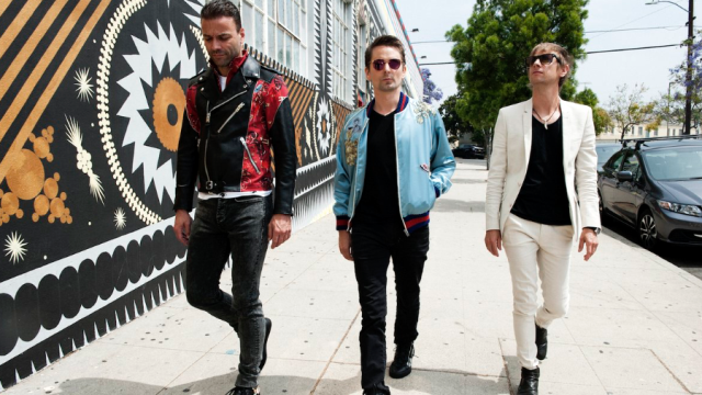 Muse give immediate release to new single Dig Down