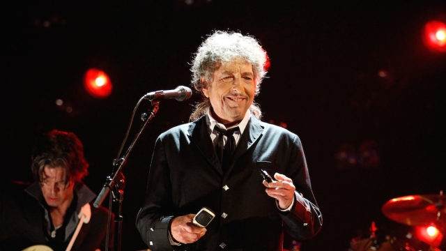 Bob Dylan Seems to Have Lifted From SparkNotes for His Nobel Lecture