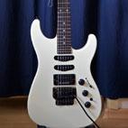 Fender: HM Strat