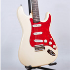 Squier: Pro-Tone Stratocaster