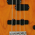 Fender: Dimension Bass IV