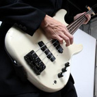 Beginner Bass Concepts: Roots and Fifths for Building Basslines