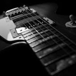 4 Vibrato Tips That Make Your Guitar Playing Sound Great