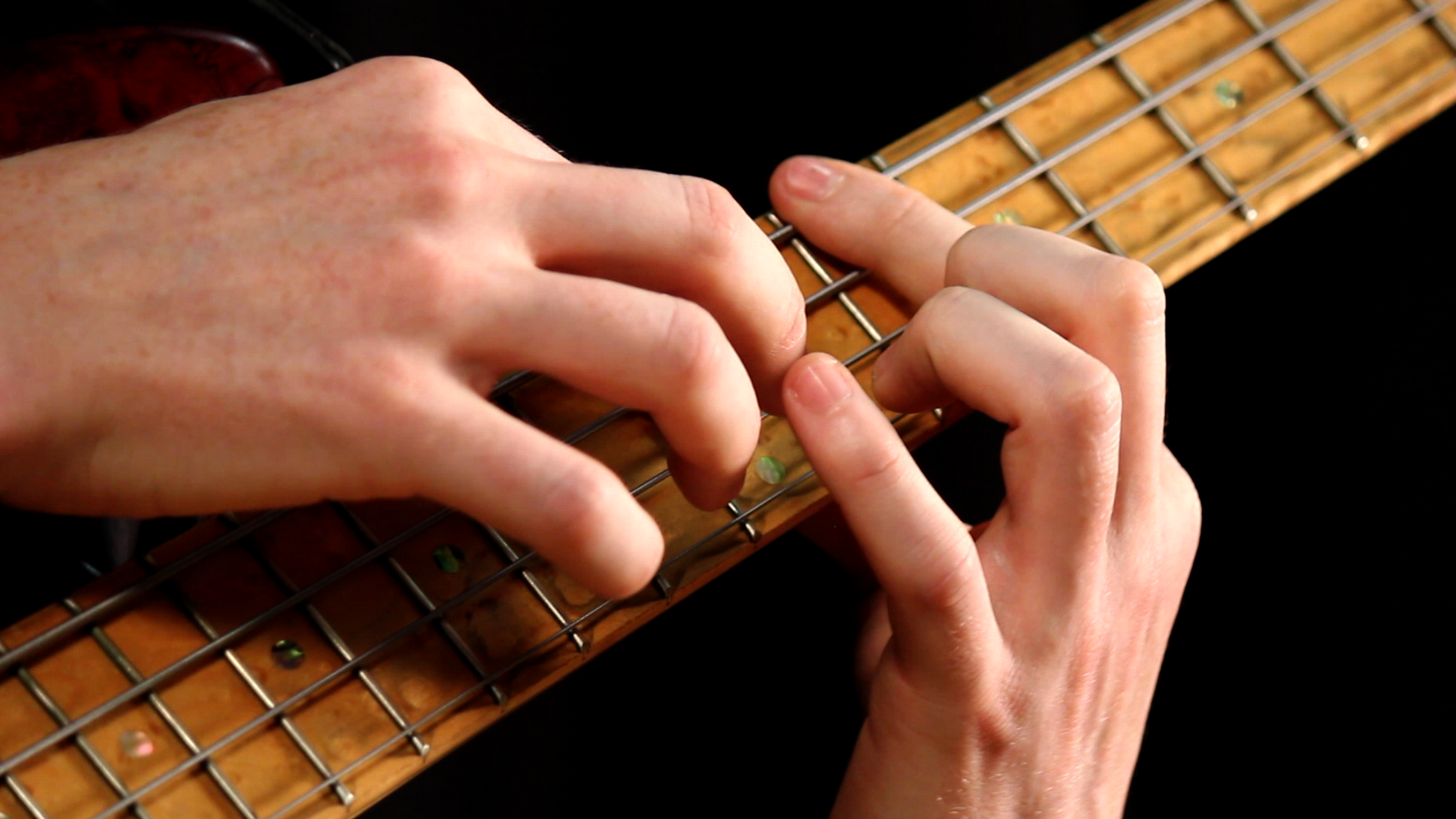 Tapping On Bass Guitar. Part 1 - Basics
