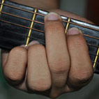 4 Tips to Switch Guitar Chords Faster
