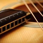 Playing Harmonica and Guitar Together