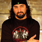 Mike Portnoy To Stay With Avenged Sevenfold In 2011