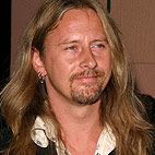 Jerry Cantrell Compares Alice in Chains Singers: 'Layne and William Are Similar'
