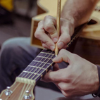 Check out Fret Friend, a New Learning Tool That Lets You Draw on Your Fret Board