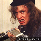 Rock chronicles: Rock Chronicles. 1980s: Angus Young
