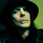 Mick Mars Hits Out at Motley Crue for Using 'Britney Spears' Style Backing Tapes