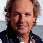 Lee Ritenour: 'The Nicest Gift Is Having This Long Of A Career And Enjoying It'