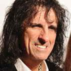 Alice Cooper on New Bands: 'They Usually Look Like Six Guys From the Mall'