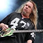 Jeff Hanneman's Wife Describes His Depression After Spider-Bite Incident