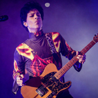 Prince Returns to Warner, Releases Surprise New Single 'The Breakdown'