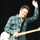 Led Zeppelin's John Paul Jones Joins Seasick Steve Onstage At Reading Festival