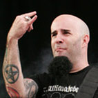 Anthrax Guitarist Hates Major Labels