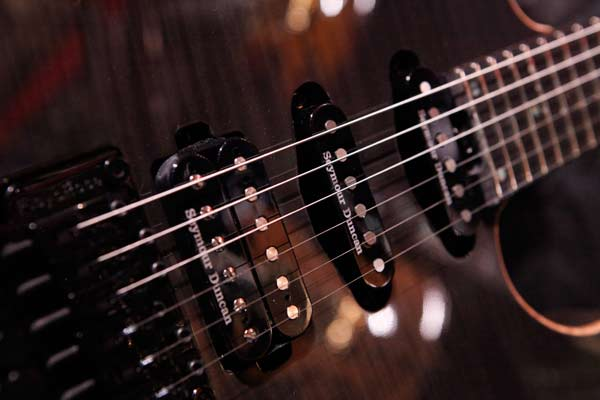 active vs passive pickups guitar lessons ultimate guitar com. Black Bedroom Furniture Sets. Home Design Ideas