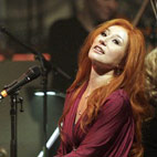 Tori Amos Premieres New Song 'Trouble's Lament'