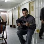 Guitars Banned in UK Prisons, David Gilmour Demanding Overturn