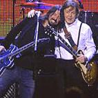 Grohl Denies Nirvana Reunion Tour
