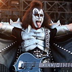 Gene Simmons to Kurt Cobain: 'What, Just 'Cause You Died You're an Icon?'