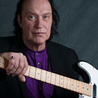 Dave Davies to Play First Show in 13 Years