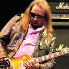 Ace Frehley: 'I Definitely Blow Tommy Thayer Off Stage'