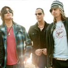 Stone Temple Pilots Defend Keeping Name After Scott Weiland's Death