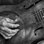 8 Amazing Country Guitarists You Should Check Out