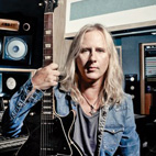 New Alice In Chains Has 'Some Real Filth', Says Guitarist Jerry Cantrell