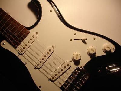 Pickguard   Wiki @ Ultimate-Guitar com